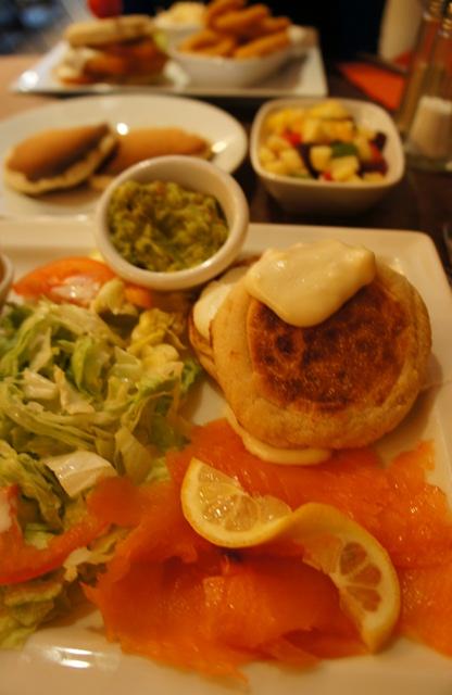 Round 2 du brunch - Muffin et oeuf Bénédicte