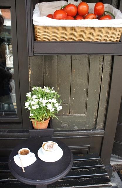 Pause Café chez Verde & Company