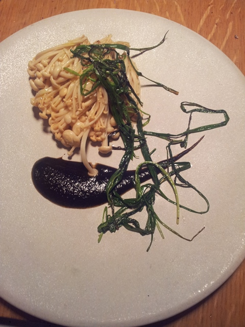 Steamed danish Enoki and sand leek