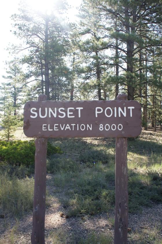 Départ du Navajo Trail depuis Sunset Point