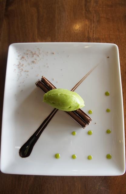 CHOCOLAT / CASSIS, PERSIL