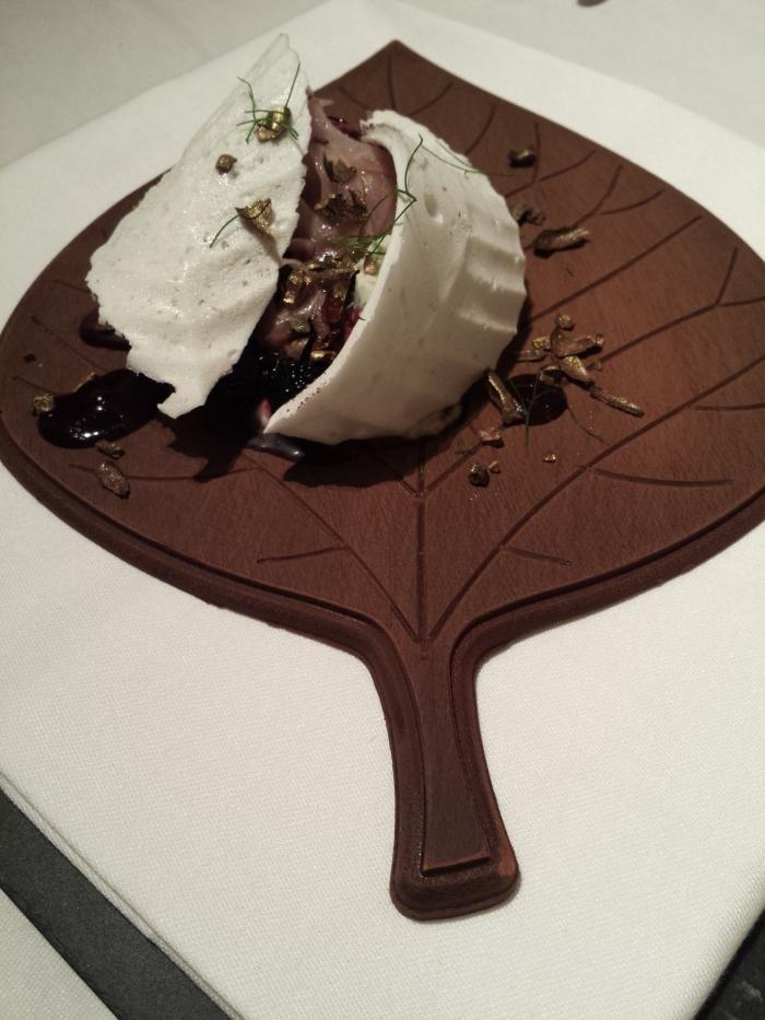Chocolat - Meringue - Fenouil - Mûres