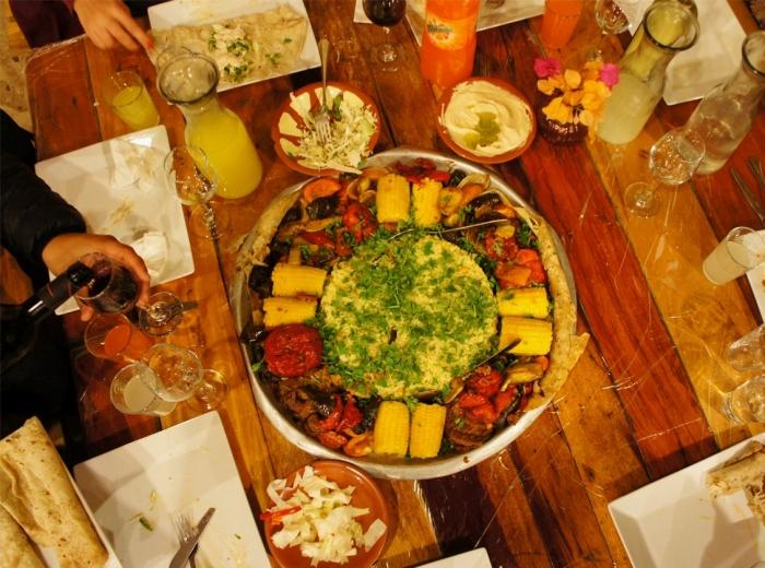 Un repas traditionnel et convivial