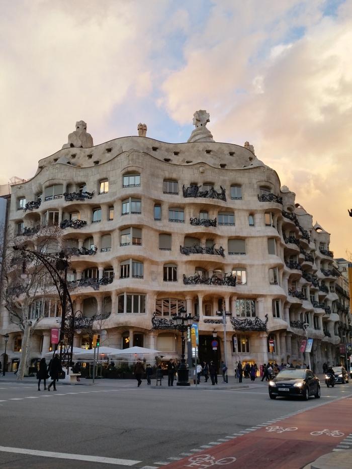 Casa Milà, une oeuvre de l'architecte Gaudi, classée au patrimoine mondial de l'UNESCO