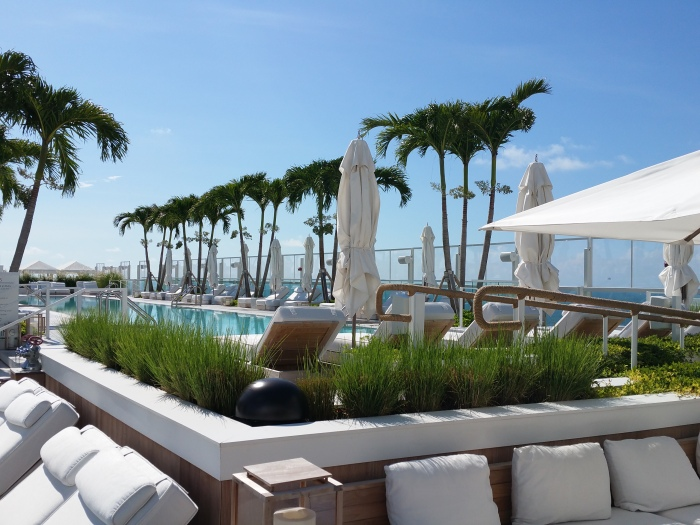 the_one_south_beach_rooftop_pool_blog__ailleurs_is_better