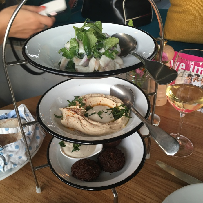 neni_restaurant_25hours_hotel_berlin_mezze