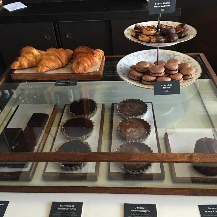 honest_chocolate_cafe